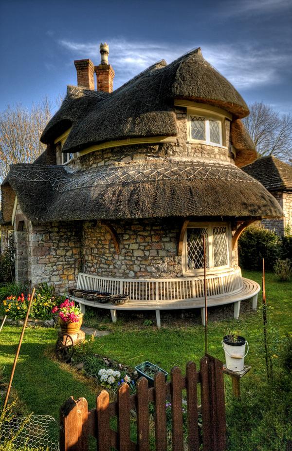 Ces 15 maisons con ues par des architectes espi gles vont - Zen forest house seulement pour cette maison en bois ...