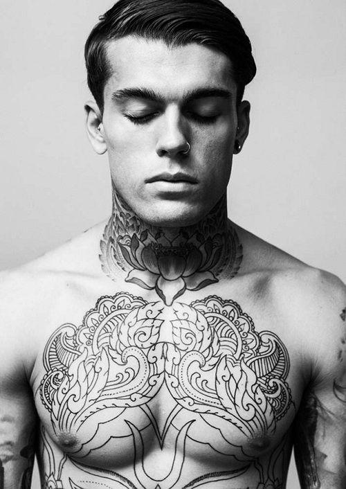 les plus belles photos et id es de tatouages pour homme. Black Bedroom Furniture Sets. Home Design Ideas