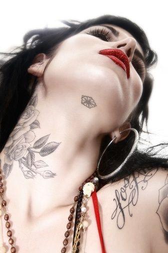 20 tatouages succ s que toutes les filles se font page 2 for How to get tattooed by kat von d