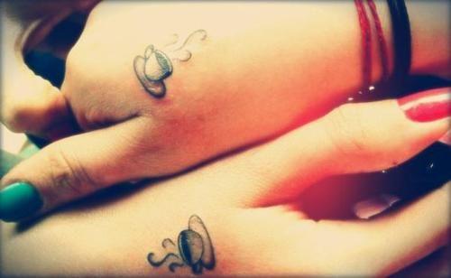 Tattoo feminins