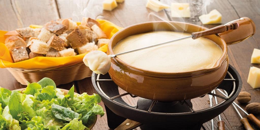 10 plats bien gras qui vont vous faire aimer l 39 hiver et le froid. Black Bedroom Furniture Sets. Home Design Ideas