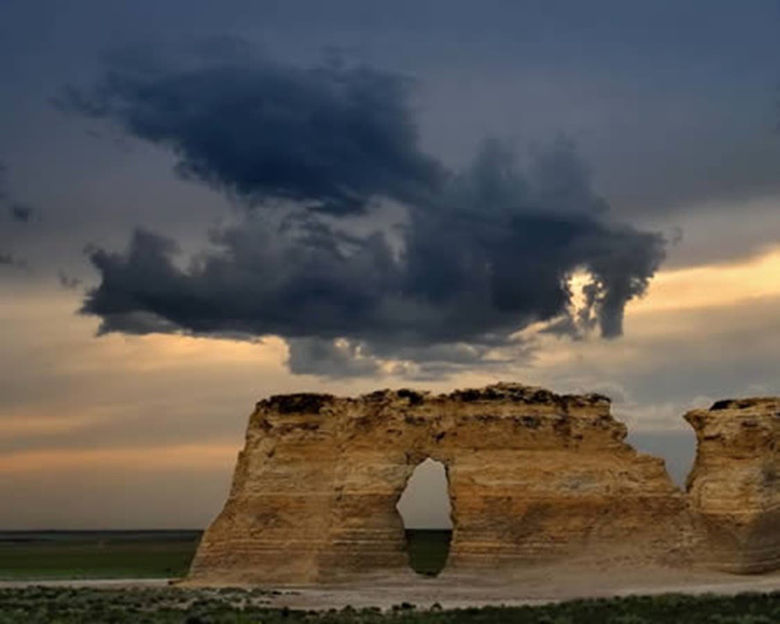 pinterest photo nuage sombre ciel menacant forme dragon souvenirs game of thrones khaleesi