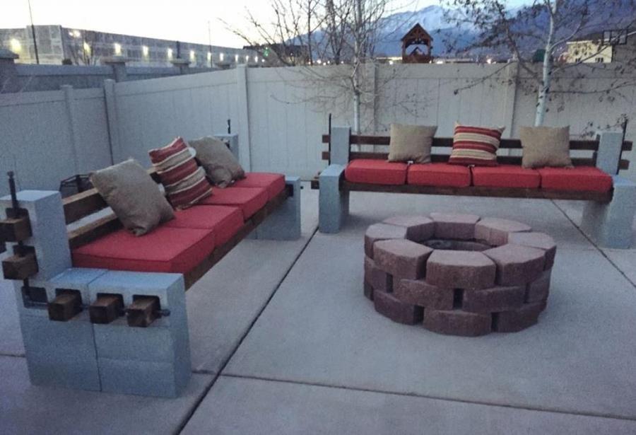 cette femme peut tout construire avec quelques blocs de. Black Bedroom Furniture Sets. Home Design Ideas
