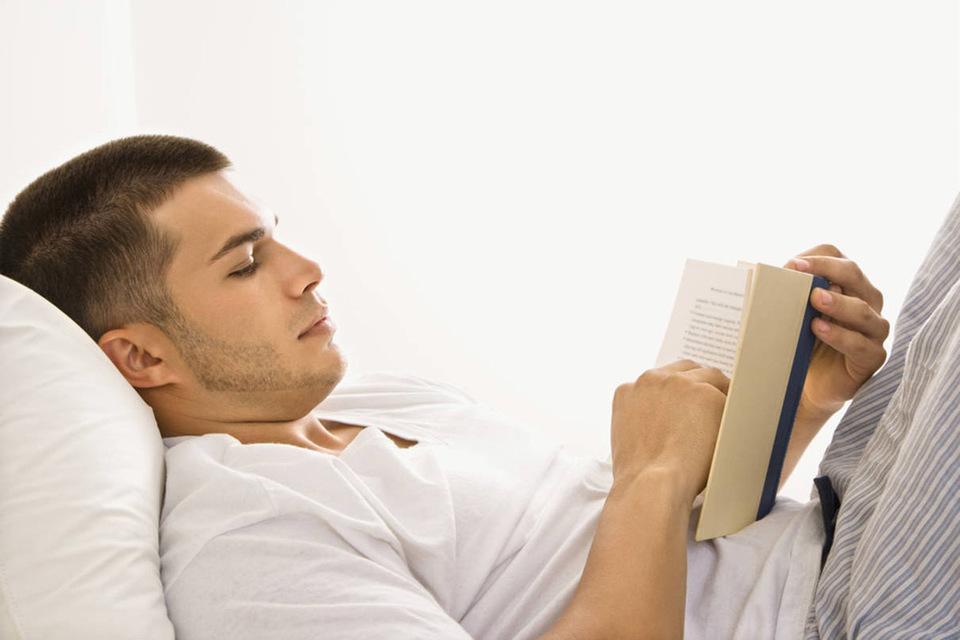 homme, lire, lit