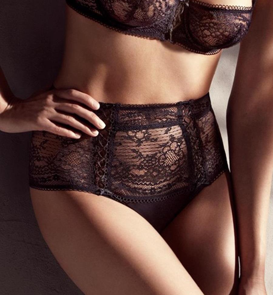d couvrez quoi sert cette intrigante poche dans les culottes pour femmes. Black Bedroom Furniture Sets. Home Design Ideas