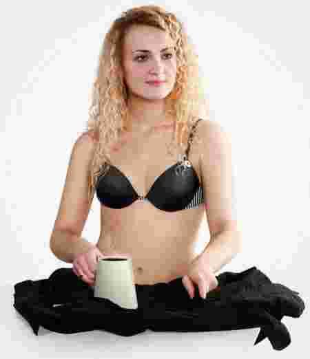 Inventions bizarres Fer à repasser tasse de café hybride