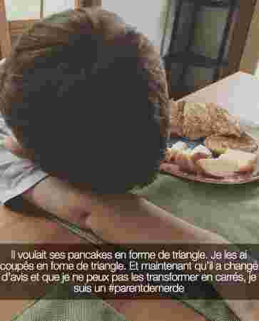 pancakes decouper forme triangle carre enfant triste impossible petit dejeuner