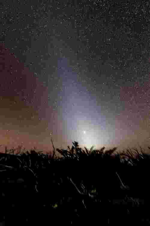 ciel haut et lumière zodiacale
