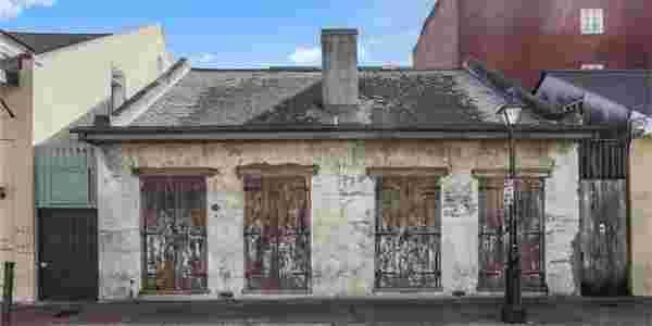 facade maison mediocre moisie