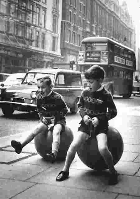 Garçons balles sauteuses Londres